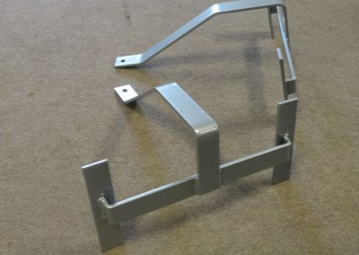 Custom-Metal-Hangers-Weight-Capacity-250